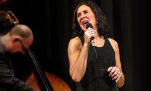 Shaunette Hildabrand Trio